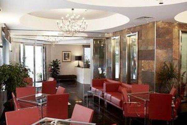 Victoria Hotel - 12