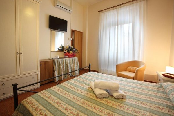Hotel Piccolo Ritz - фото 3