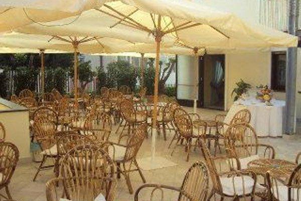 Costa Hotel - фото 12