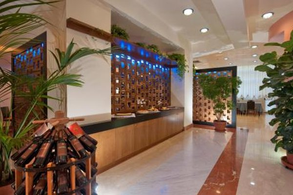 Park Hotel Centro Congressi - фото 15