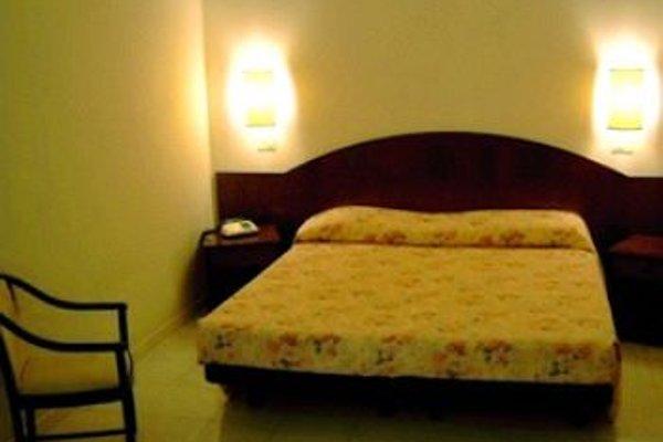 AKROSS HOTEL - фото 3