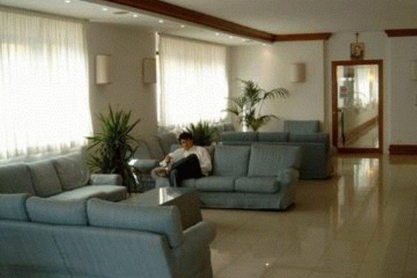 Akross Hotel - фото 6