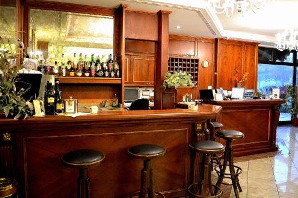 Tricolore Hotel - фото 15