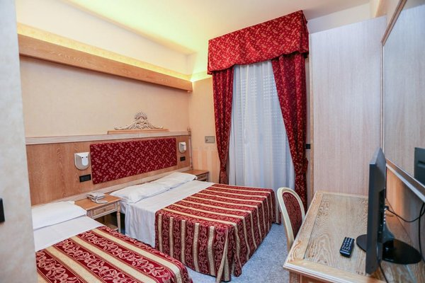 Hotel Gallia Palace - фото 4
