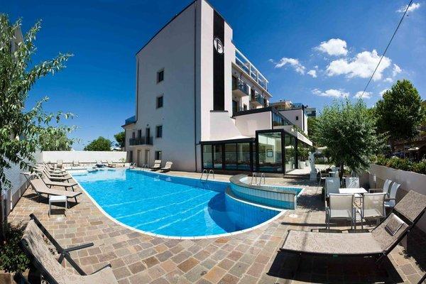 Ferretti Beach Hotel - фото 50