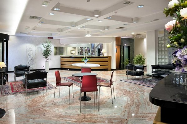 Astoria Suite Hotel - фото 16