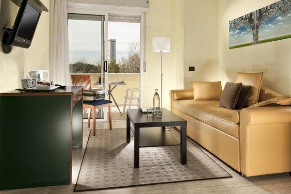 Astoria Suite Hotel - фото 5