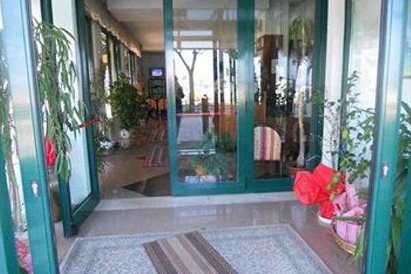 Hotel Emilia - фото 11