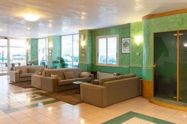 Hotel Aiglon - 5