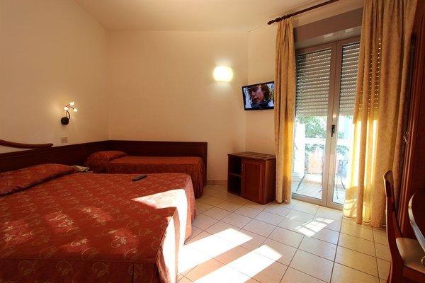 Hotel Sovrana - фото 6