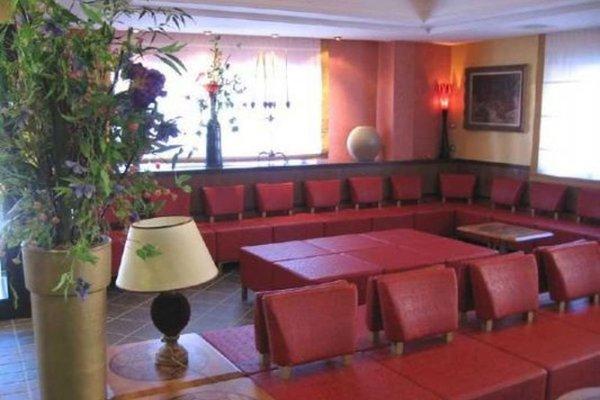 Dina's Hotel - фото 4