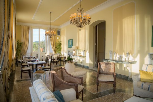 Villa Parisi Grand Hotel - 3