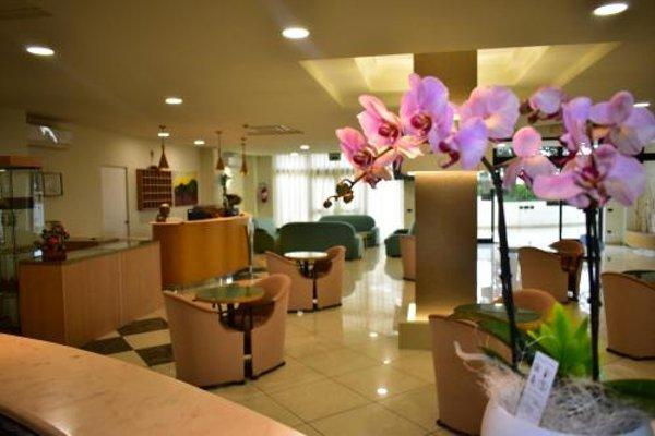 Hotel Garden - 17