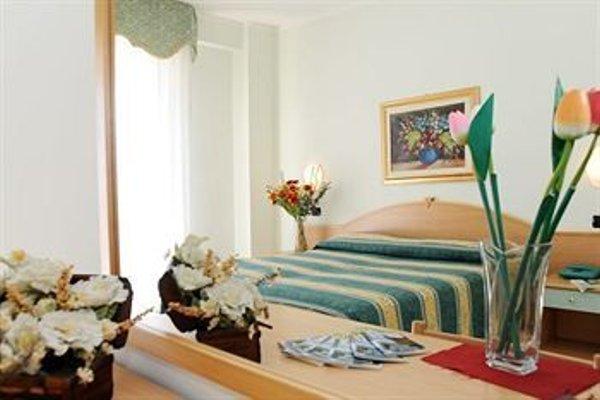 Hotel Garden - 5