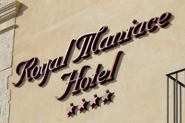 Royal Maniace Hotel - фото 13