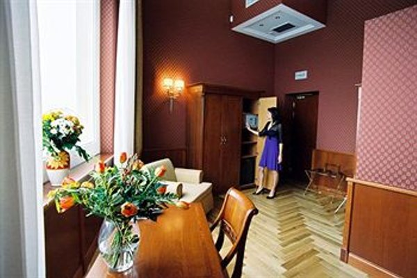 Hotel Livingston - фото 8