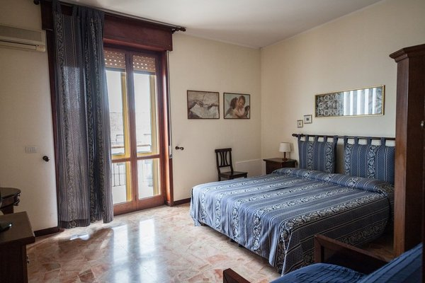 B&B Ortigia Sea View - 16