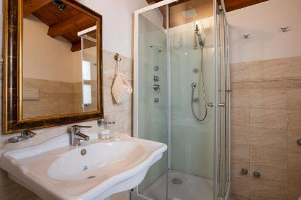 The Charme Ares- Bed and Breakfast - 9