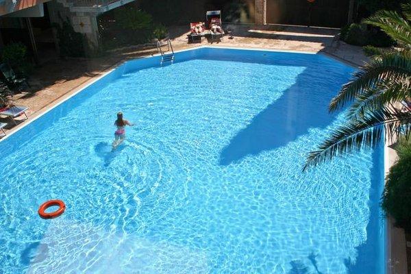 Hotel La Paul - фото 18