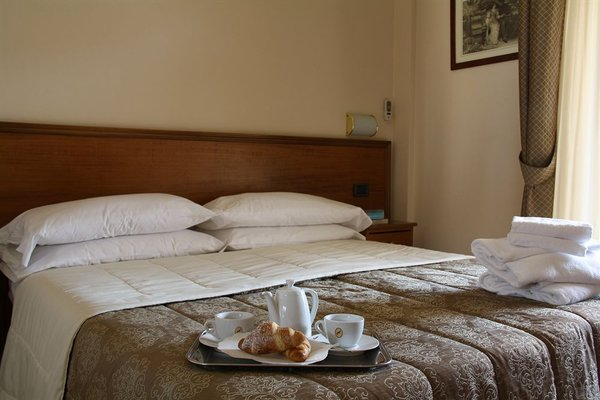 Pausania Inn - 3
