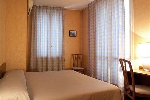 Hotel Des Artistes - 50