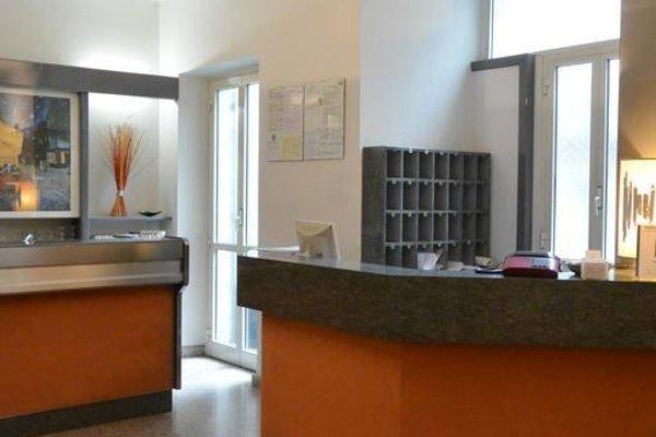Hotel Des Artistes - 16