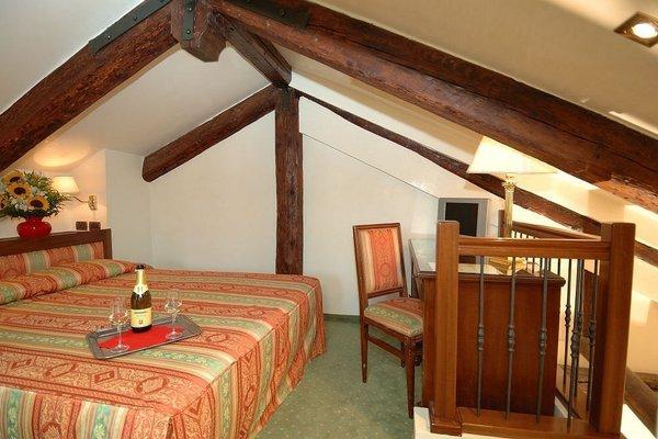 Hotel Hesperia - 19