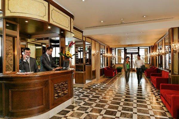 Hotel Amadeus - 10