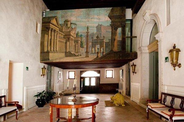 Palazzo Contarini Della Porta Di Ferro - photo 18