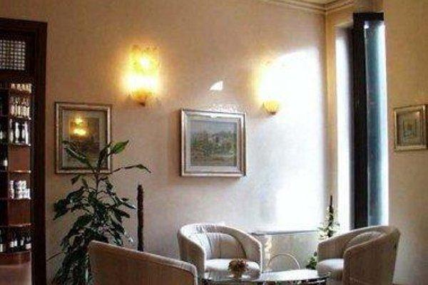 Hotel Borghetti - 4