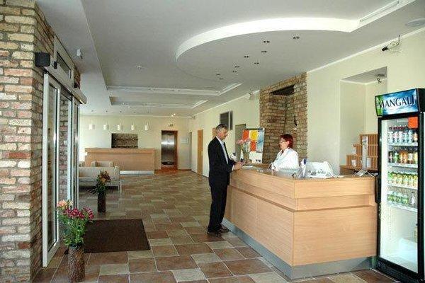 TOSS Hotel - фото 14