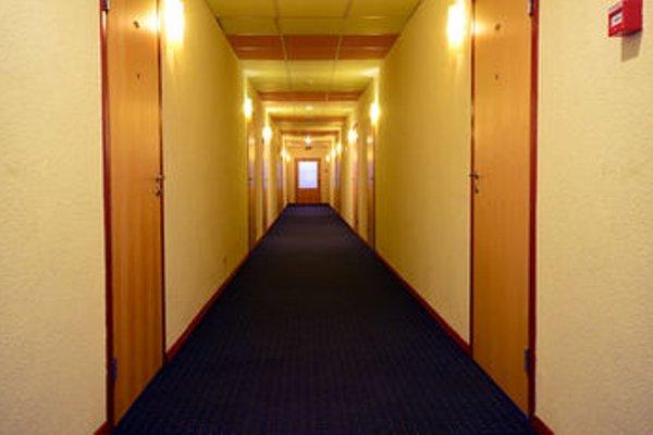 Hotel ABC Airport - фото 15