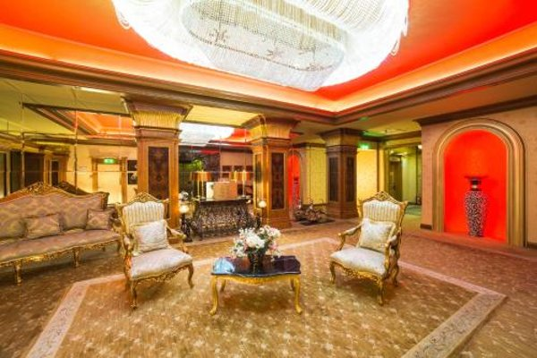 Royal Casino SPA & Hotel Resort - 16