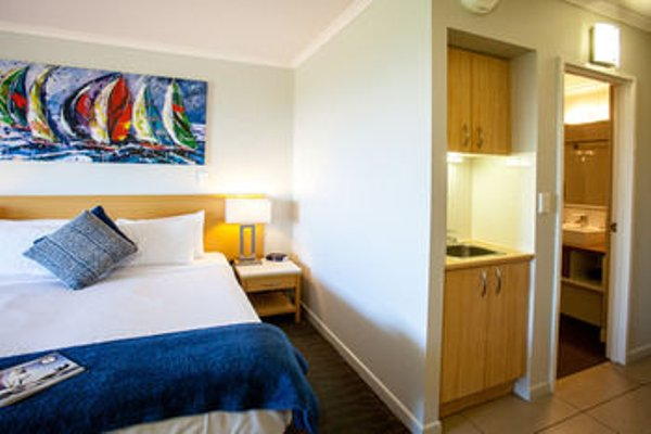 Manly Marina Cove Motel - 3