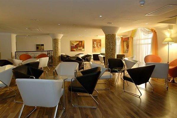 Windsor Hotel - 12