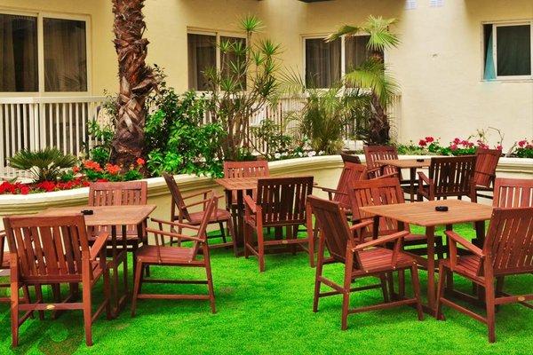 Qawra Palace Hotel - 17