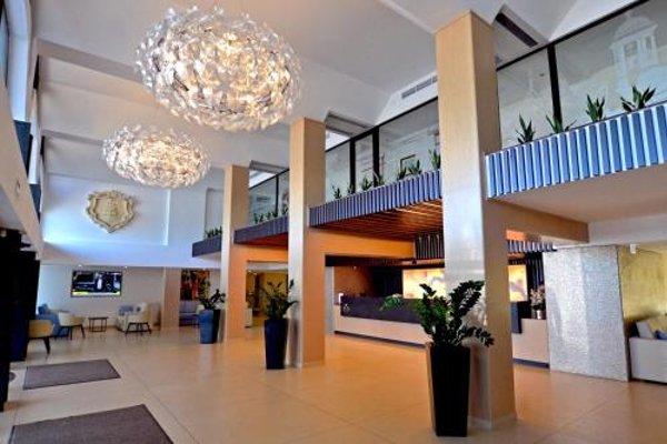Qawra Palace Hotel - 5
