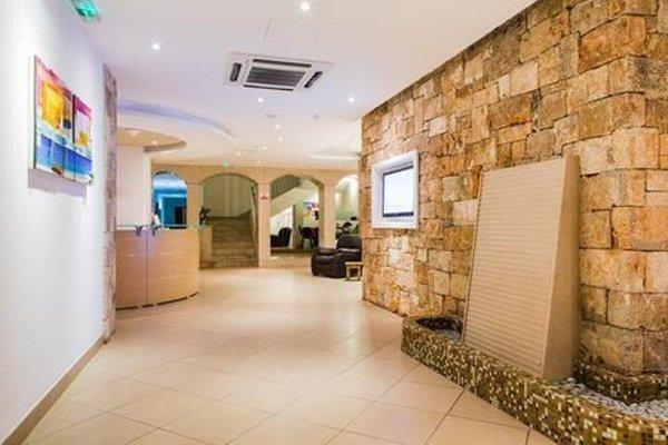 Sunny Coast Resort & Spa - 14