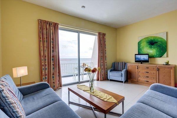 Sunny Coast Resort & Spa - 4