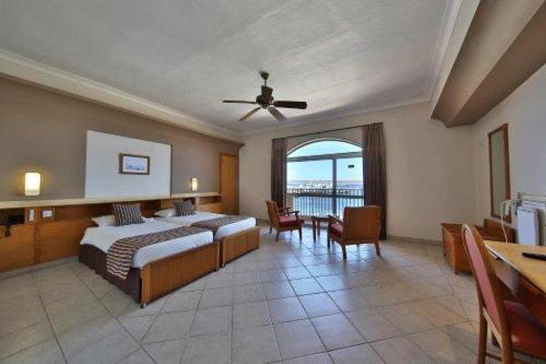 Paradise Bay Hotel - 3