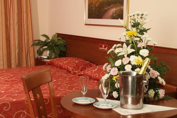 Solana Hotel & Spa - 11