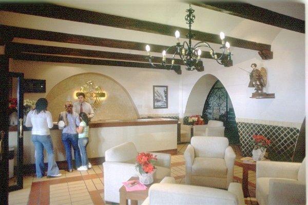Hotel Royalty Puebla - фото 15