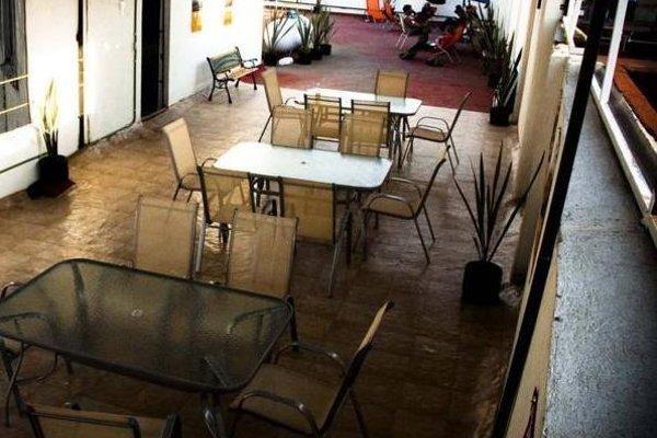Hostal Amigo Suites - фото 14