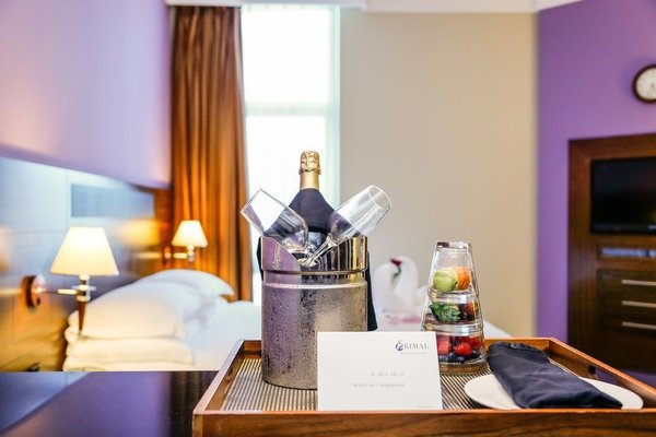 J5 RIMAL Hotel Apartments - фото 3