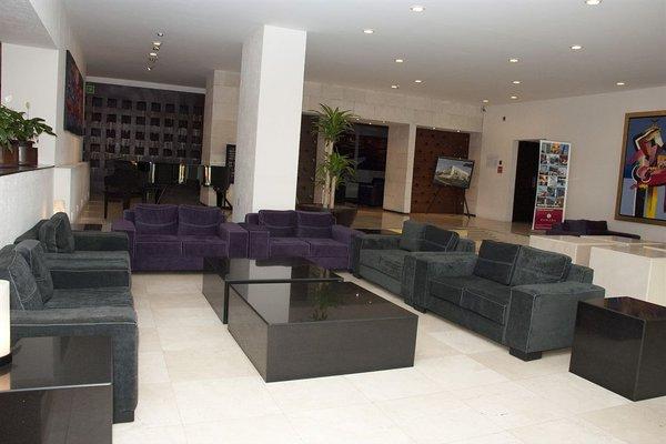 We Hotel Aeropuerto - 17