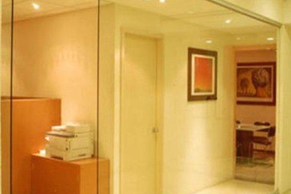 We Hotel Aeropuerto - 8