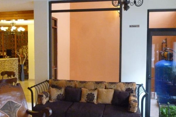 Quinta Roca Hotel - 10