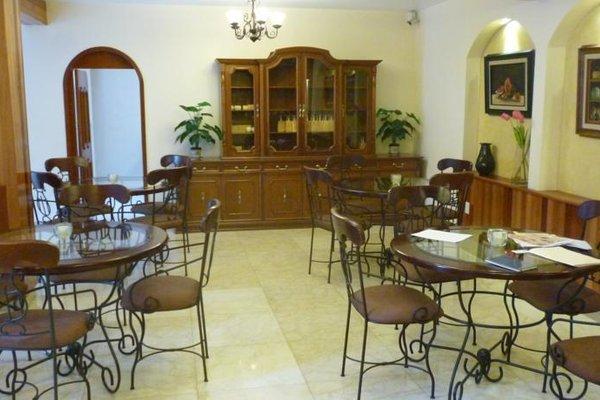 Quinta Roca Hotel - 13