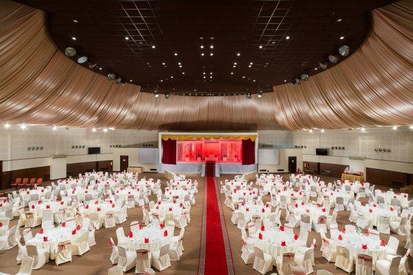 Al Falaj Hotel - фото 17