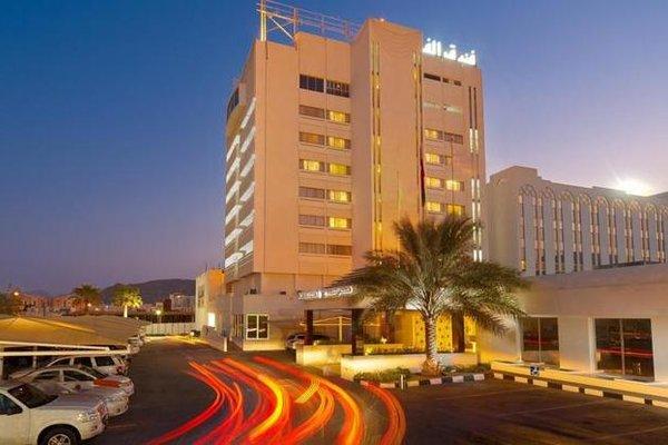 Al Falaj Hotel - фото 23